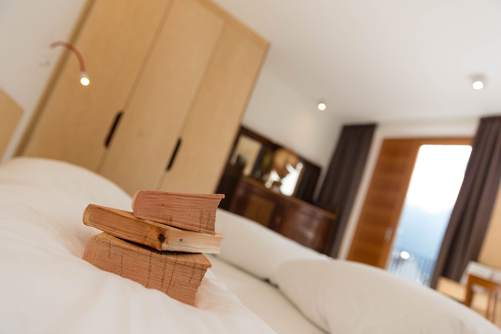Kreatives wohnen kreuzwirt in naturns kleinkunst hotel for Kreatives wohnen